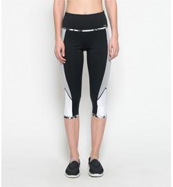 raquellingerie ACTIVEWEAR Sports Pants Jordin Black Capri Pants